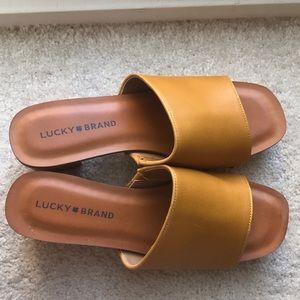 Wood heels